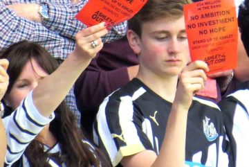 Newcastle fans protest against owner Mike Ashley